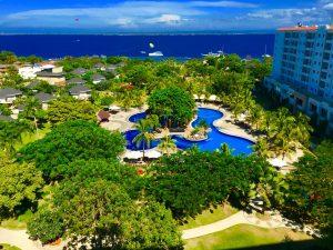 J Parkというホテルの大き目のリゾートプールがついてるホテル。1日中、ホテルの中で遊べる。